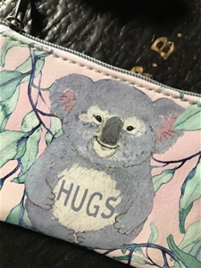 Hugs Coin Purse - SALE