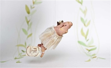 Sweet Princess Piggy Ornament - Pre–Order