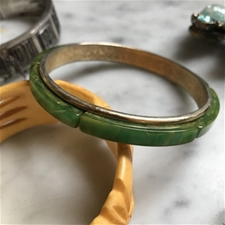 Vintage Creamed Spinach & Brass Tone Bangle