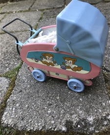 Vintage Dolly Pram - Teddy Fun