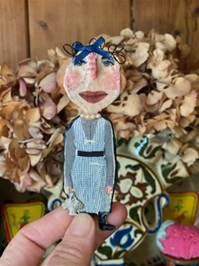 Therese Leigh – Wee Dolly Brooch - SALE